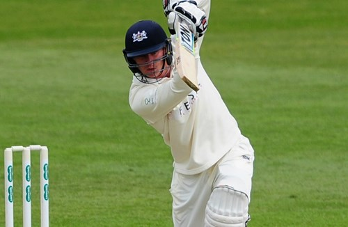 Hankins Extends Gloucestershire Contract