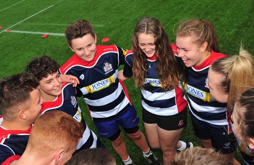 Youngsters Battle It Out at Urban Rugby Festival