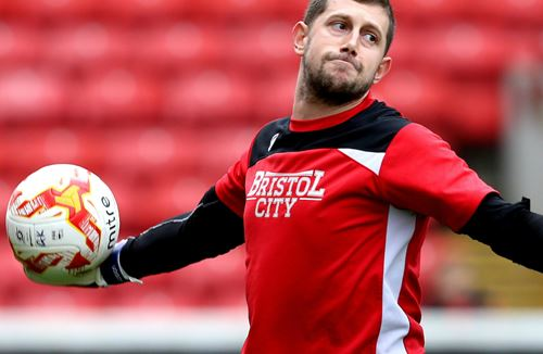 Fielding Returns To Face Wolves
