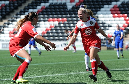 Watts Commits To Vixens