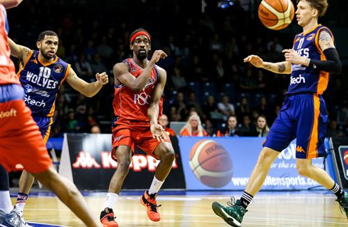 Gallery: Worcester Wolves 88-56 Bristol Flyers