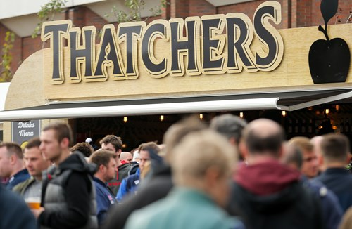Win A Thatchers Christmas Hamper At Pau Fixture