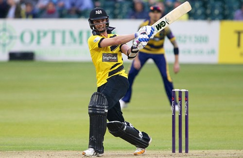 Cockbain Extends Gloucestershire Contract Until 2019