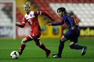 Welsh International Sophie Ingle Commits To Vixens