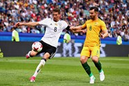 Wright completes 90 minutes in Russia