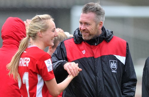Turner extends contract with City Women