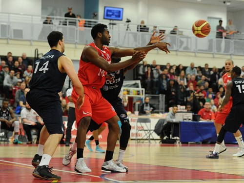 Report: Bristol Flyers 68-69 Worcester Wolves