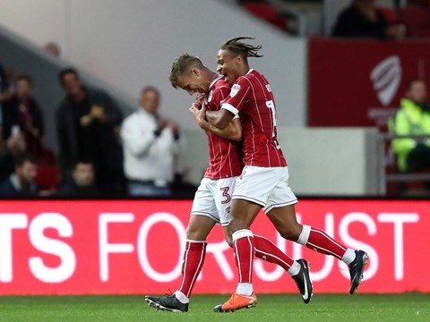 Highlights: Bristol City 2-0 FC Twente