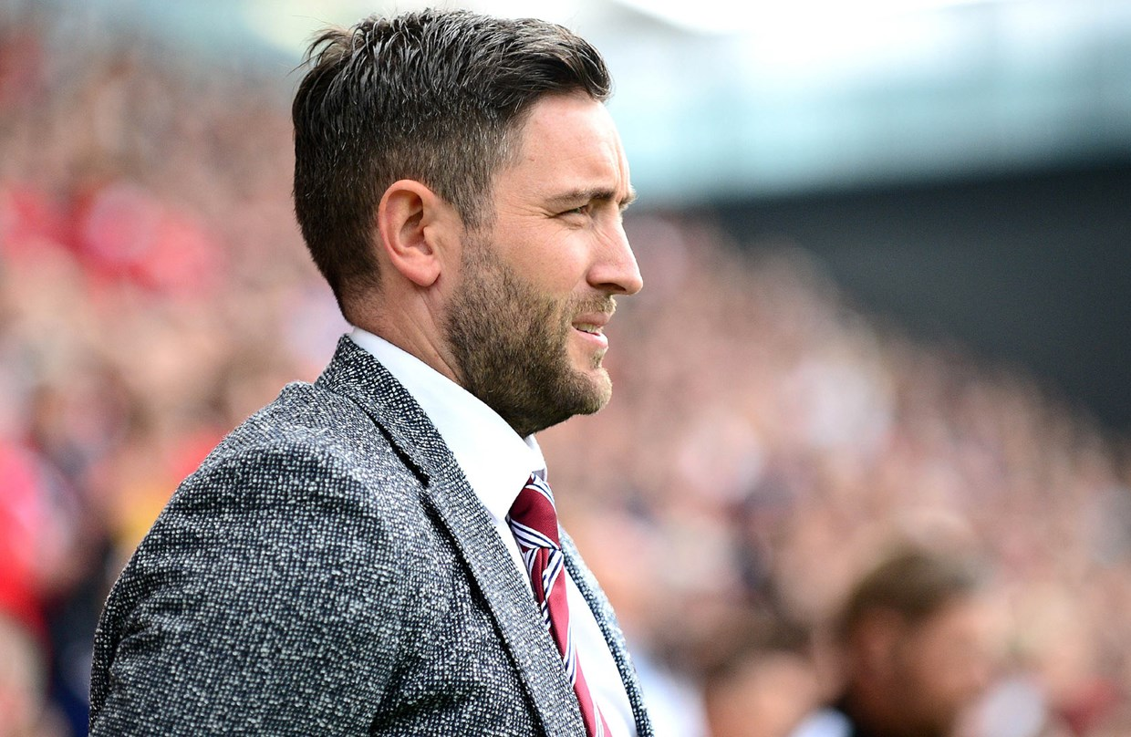 Lee Johnson Pre Millwall home press conference thumbnail