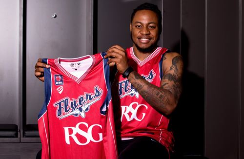 Mayindombe makes BBL return with Bristol Flyers