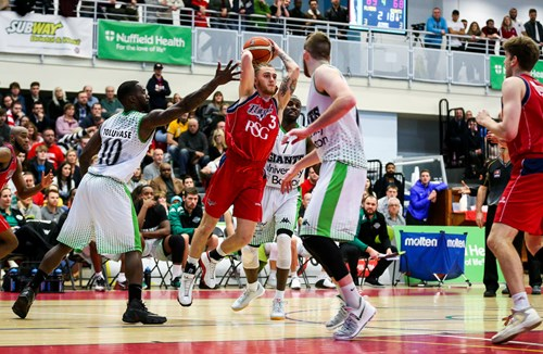 Nicholls returns for second year with Bristol Flyers