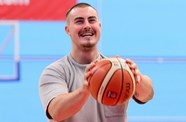 Bristol Flyers free throw challenge - Ollie Dawe