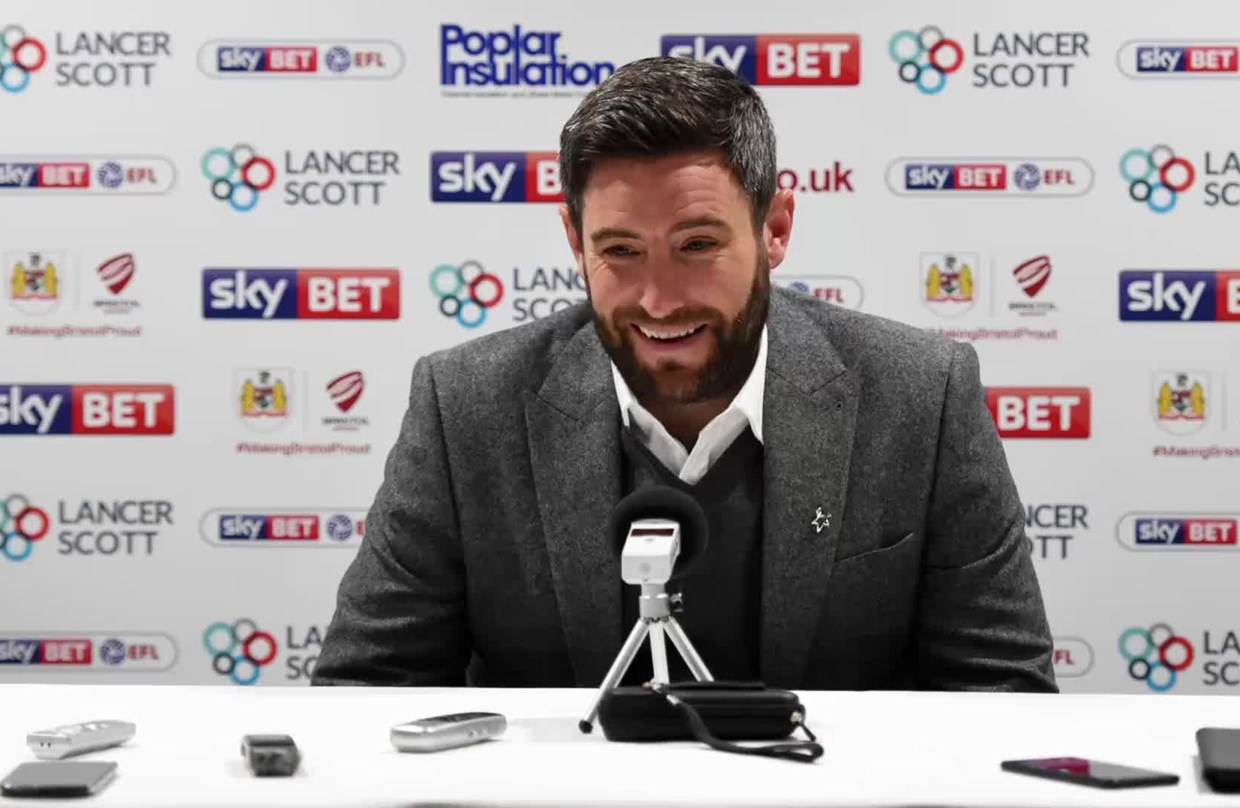 Audio: Lee Johnson Pre-Sheffield Wednesday away press conference thumbnail