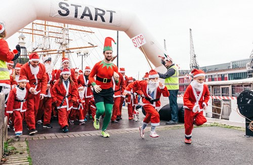 Donate your 'festive fiver' to Bristol Rugby's Community Santas for chance to win tickets