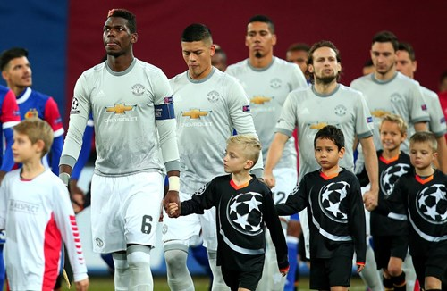Fewer than 100 tickets left for United clash