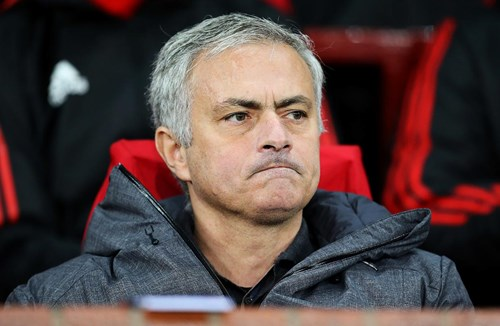 Mourinho hints at strong team selection