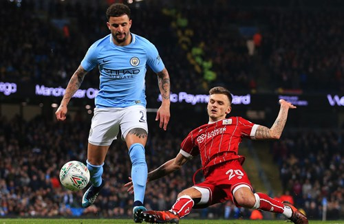 Highlights: Manchester City 2-1 Bristol City
