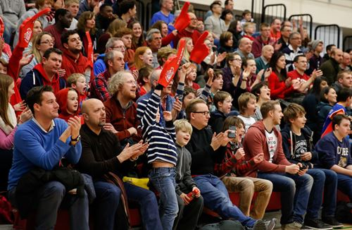 Flyers Welcome Back Women's Basketball Team