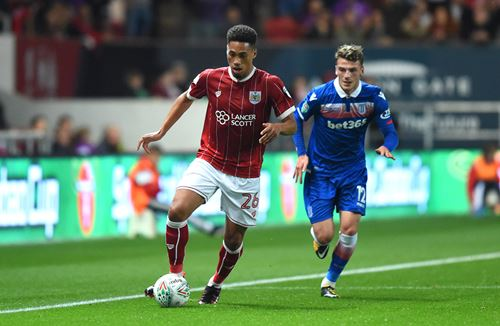 Vyner joins Plymouth on loan