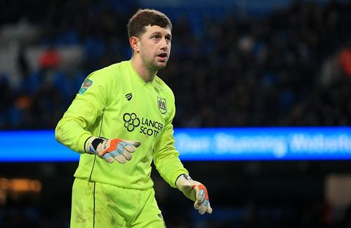 Fielding could face Sunderland