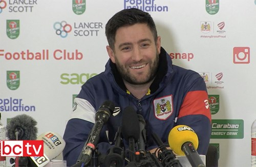 Video: Lee Johnson Pre-Manchester City home press conference