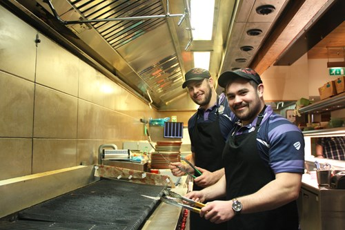 Bristol Rugby teams up with Nando's to deliver random acts of kindness
