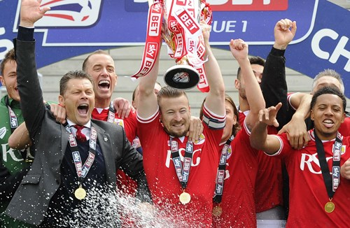 Champions! Bristol City Promotion Diary On Sale