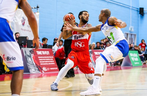 Highlights: Cheshire Phoenix 100-97 Bristol Flyers