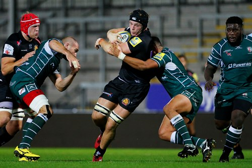 Ed Holmes joins on short-term loan agreement