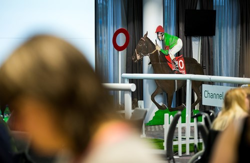 Free race night for City Foundation members