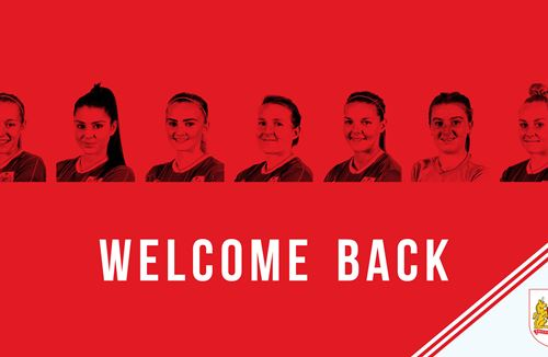 Seven players sign for Bristol City Women FC