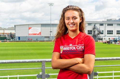City Women land Rutherford from Millwall Lionesses