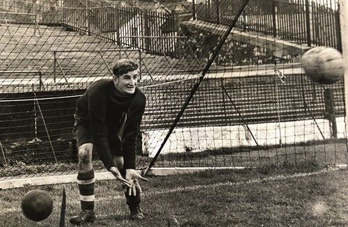 Former keeper Sullivan to celebrate 90th birthday