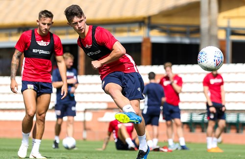 Holden heads out on loan