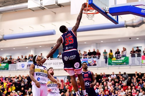 Report: Bristol Flyers 82-79 Worcester Wolves