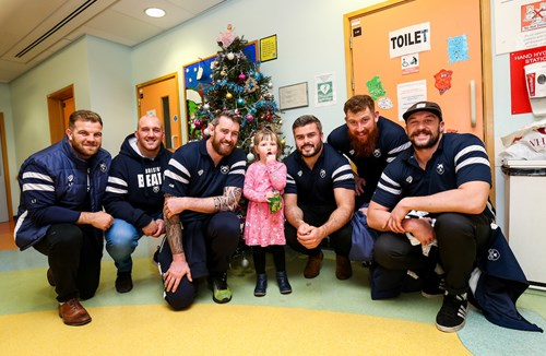 Bristol Bears visit Royal Hospital for Children