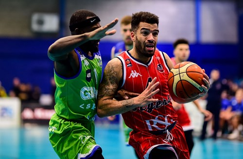 Highlights: Manchester Giants 79-69 Bristol Flyers
