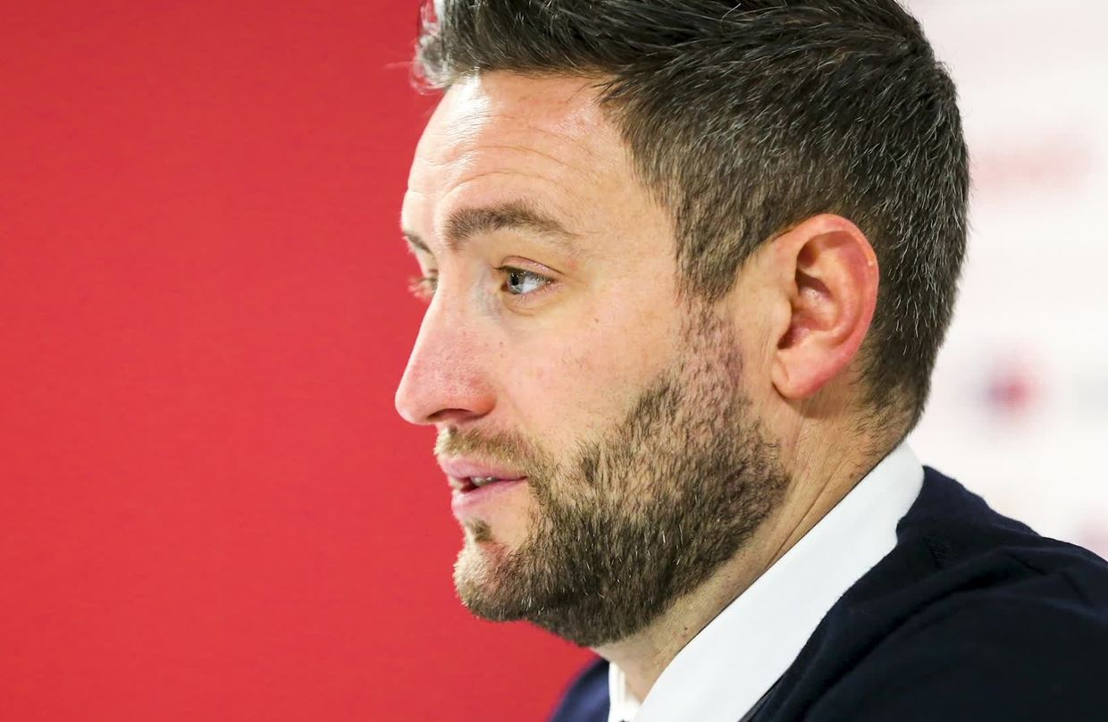 Audio: Lee Johnson Pre-Wolves home press conference thumbnail