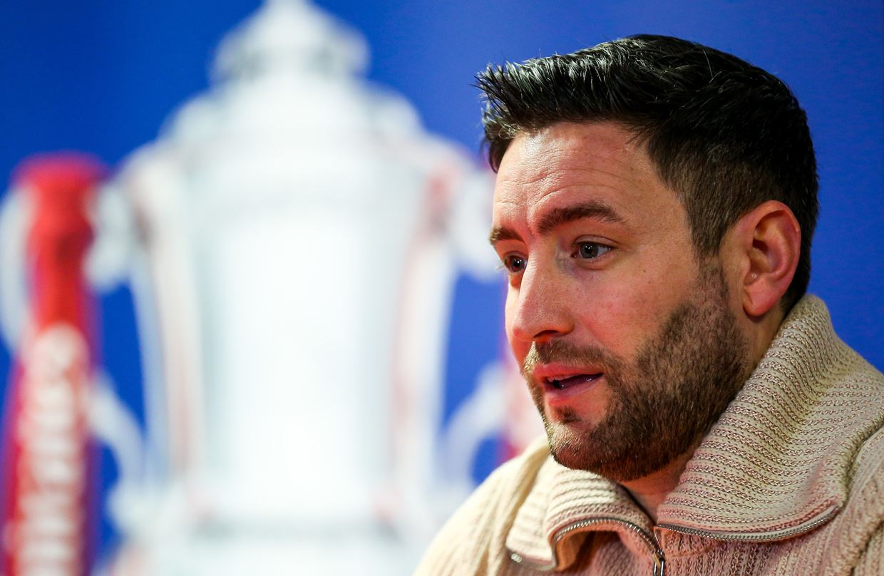 Audio: Lee Johnson Post-Wolves home press conference thumbnail