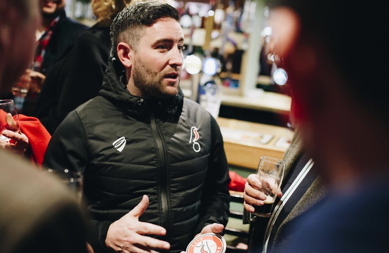 Audio: Lee Johnson Pre-Sheffield United away press conference thumbnail