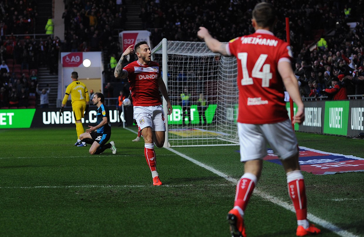 Highlights: Bristol City 3-2 West Bromwich Albion thumbnail