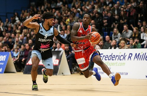Highlights: Surrey Scorchers 90-76 Bristol Flyers