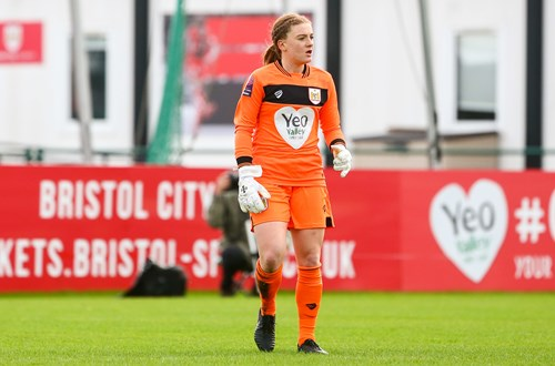 Sophie bags City contract extension