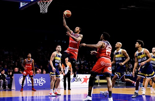 Report: Worcester Wolves 74-70 Bristol Flyers