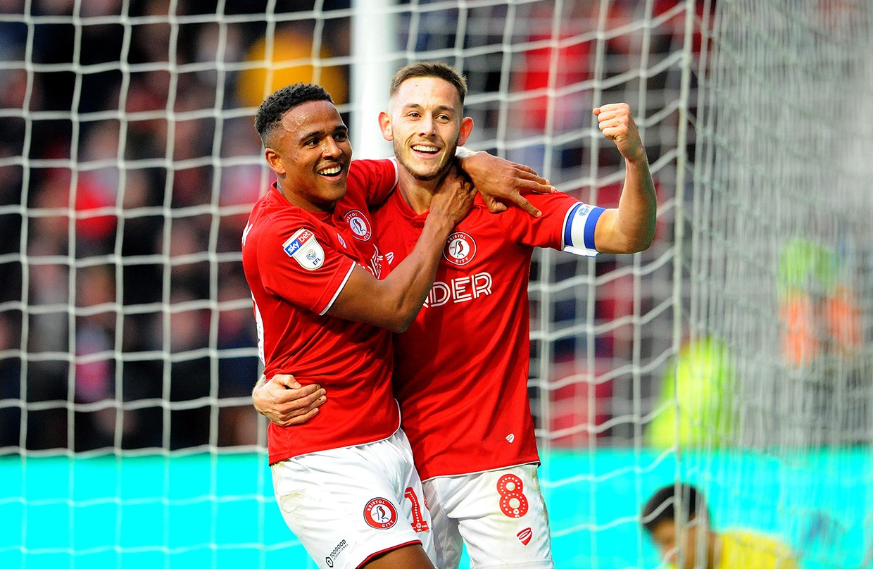 Highlights: Bristol City 5-2 Huddersfield Town thumbnail
