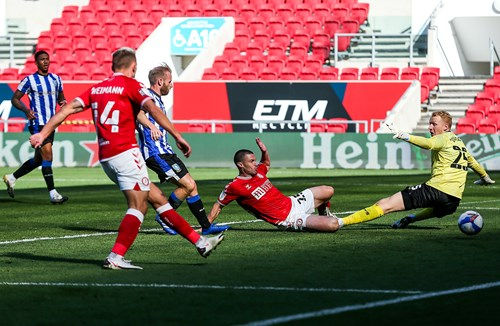 Report: Bristol City 2-0 Sheffield Wednesday