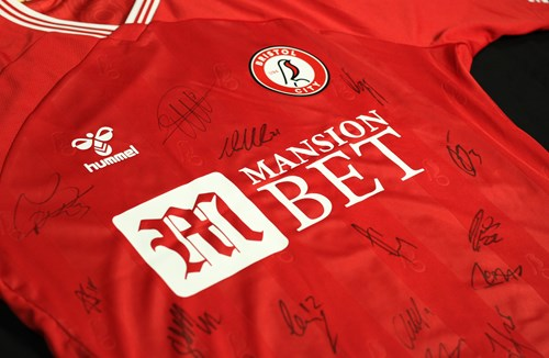 Signed shirt give away for Robins Lotto members