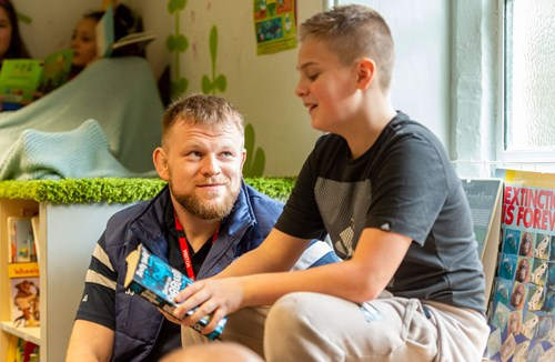 Pure Planet signs up to Bristol Sport Foundation's Reading Recovery Programme