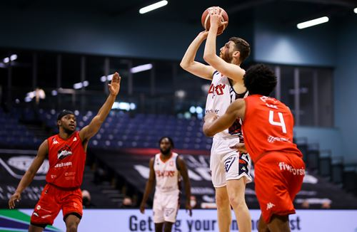 Highlights: Leicester Riders 92-79 Bristol Flyers
