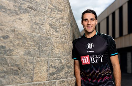 Gallery: Matty James' signing day